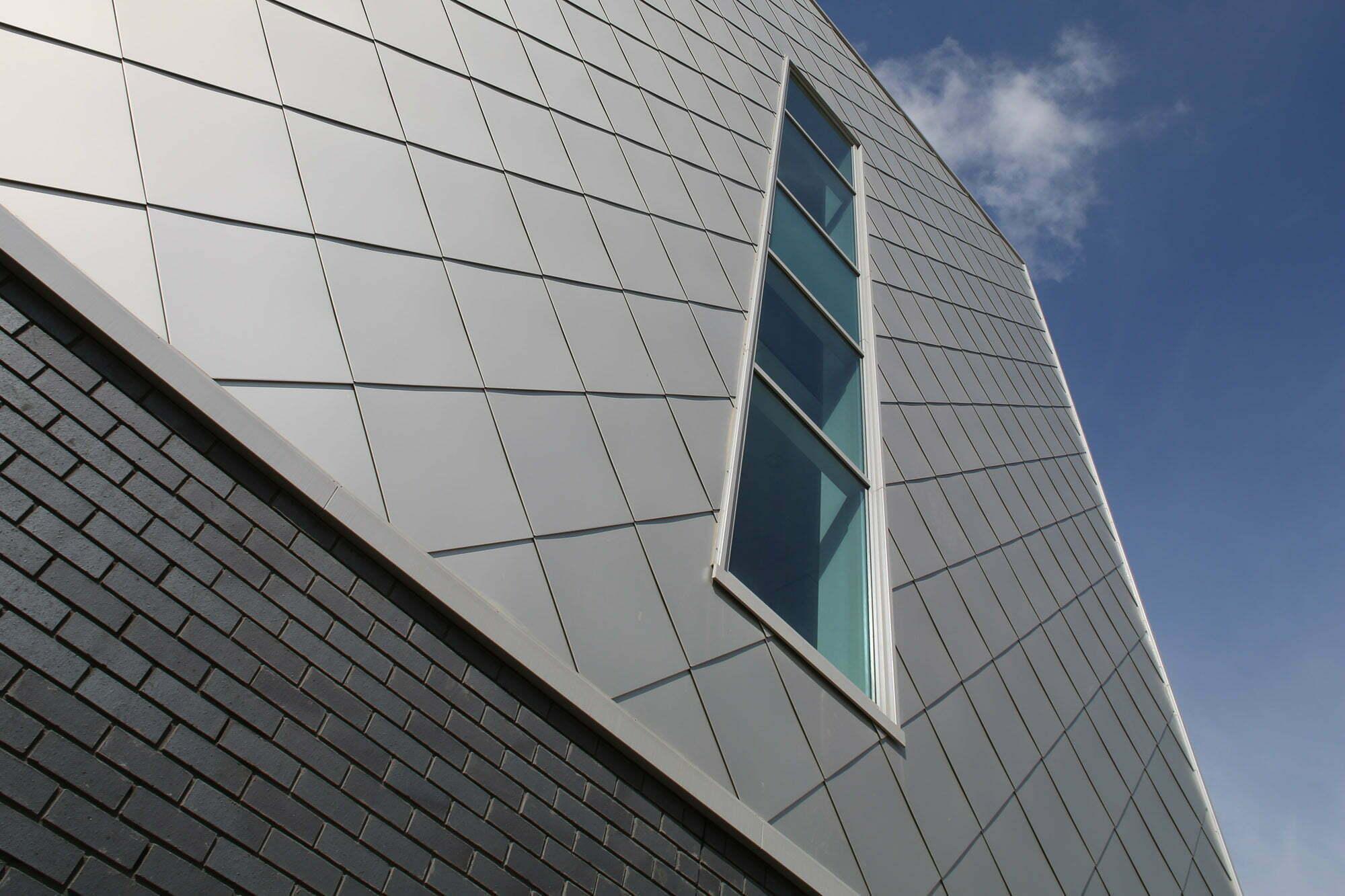 Металлокассеты для навесного вентилируемого фасада